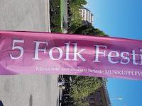 5 folk festival front